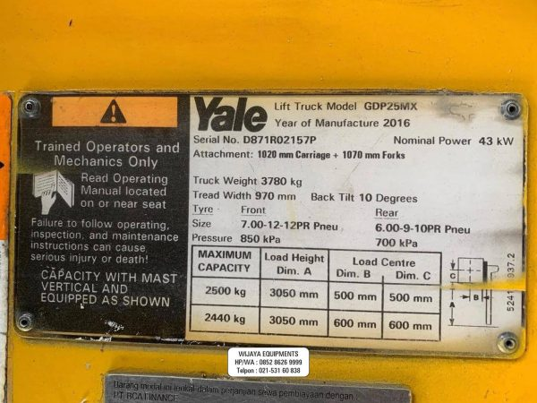 Forklift Yale Name Plate