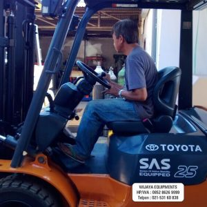 Forklift Toyota 2.5 Ton Super Murah
